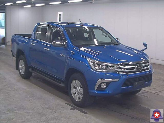 TOYOTA Hilux D/Cabs